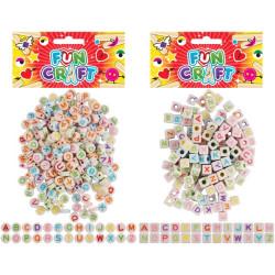 Pärlor med bokstäver Pastell